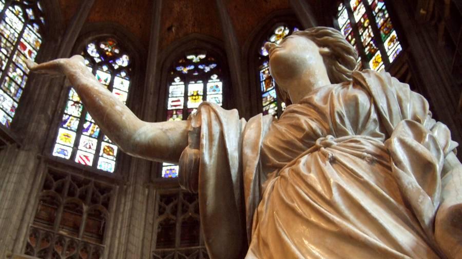 Sculpture de Jacques du Broeucq à la Collégiale de Mons