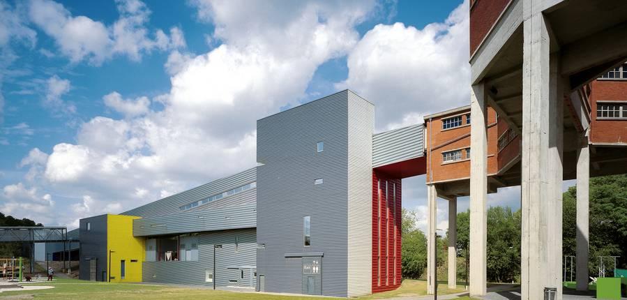Sur 28 hectares, l'ancien charbonnage de Frameries est aujourd'hui un immense Parc d'aventures scientifiques