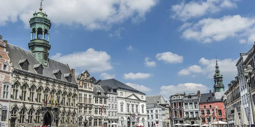 Mons, La Grand Place