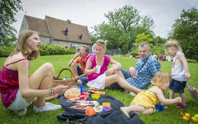 Moment de détente en famille - Copyright Grégory Mathelot