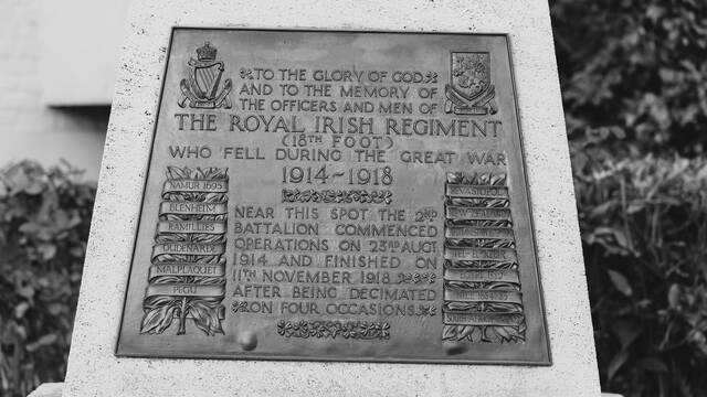 7. Le monument du Royal Irish Regiments