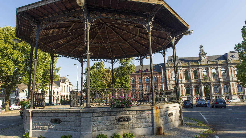 La place de Boussu, un musée à ciel ouvert (Boussu)