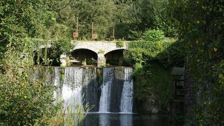 Le moulin de Saint-Denis et sa cascade, vestiges d'une autre époque
